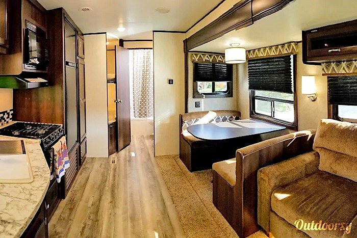 travel trailer rental denver co