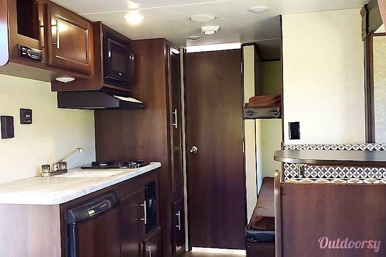 travel trailer rental phoenix az