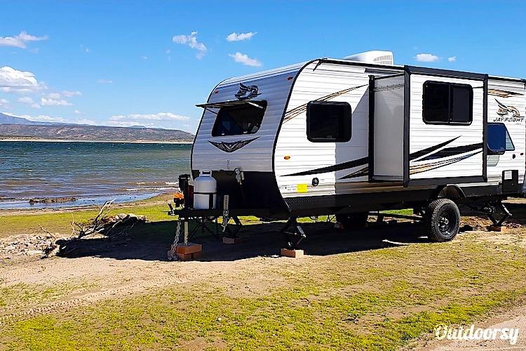 travel trailer rental phoenix
